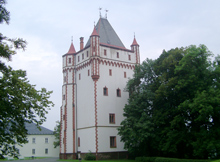 Weißer Turm in Hradec nad Moravici